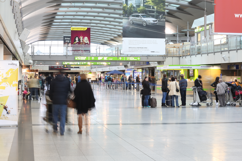 Dtm passagiere im terminal low