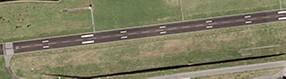 Luftbild   der Start- und Landebahn des Dortmund Airport