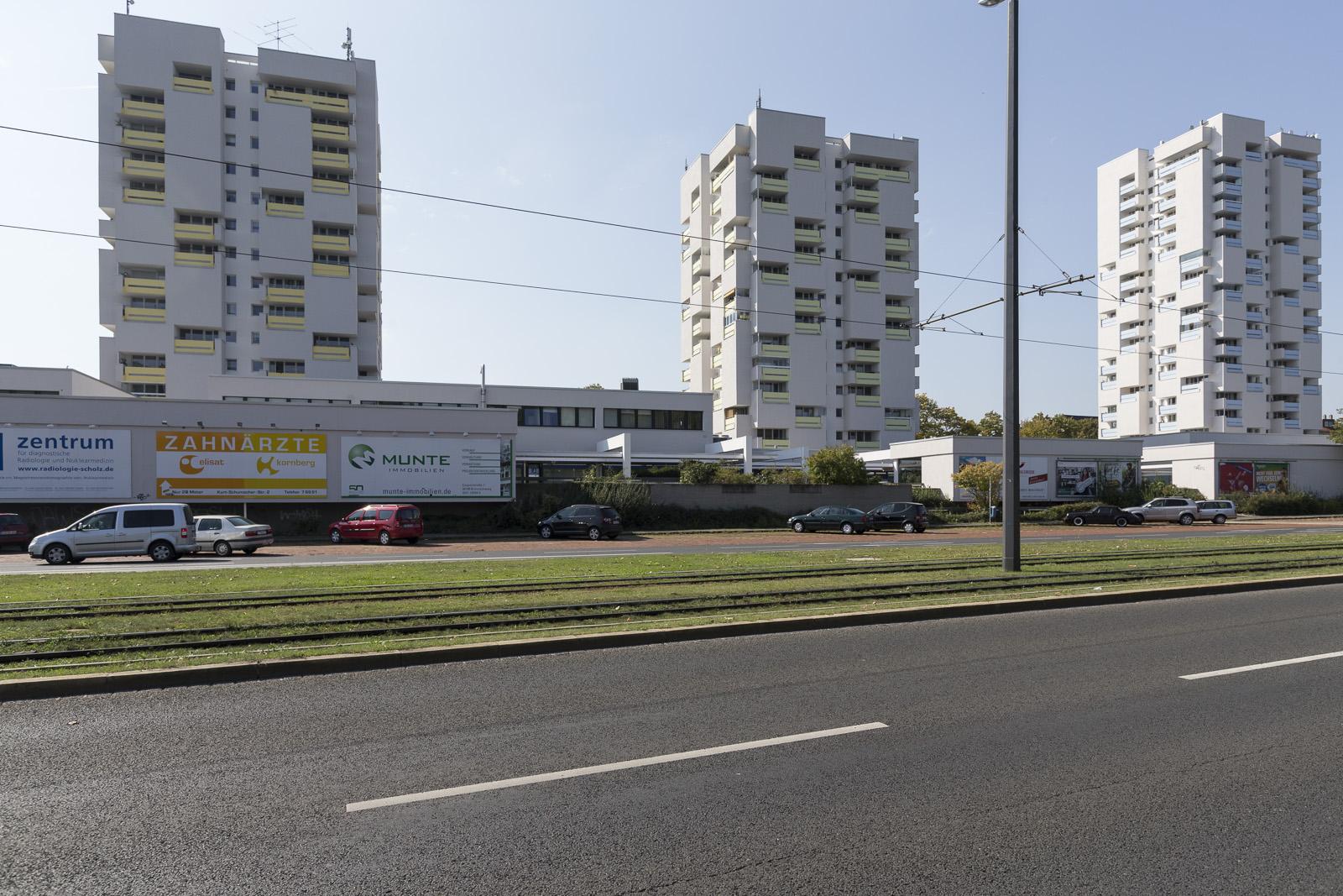SAKRET Referenz Fassadensanierung WDVS Braunschweig aus Totale
