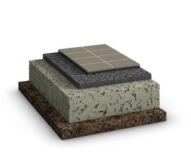 Der Schichtaufbau des Belags für wasserdurchlässige Systeme mit vollgebundener Tragschicht im GaLaBau. Hier mit Platten als Belag.