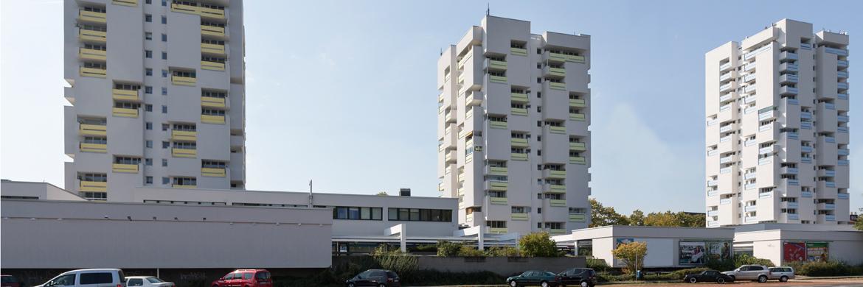 Häuserreihe mit WDVS - Energetische Sanierung