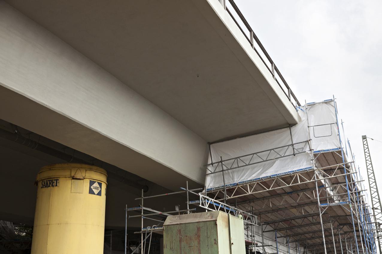 SAKRET Referenzen Hochbrücke Völkingen Silos unter Brücke
