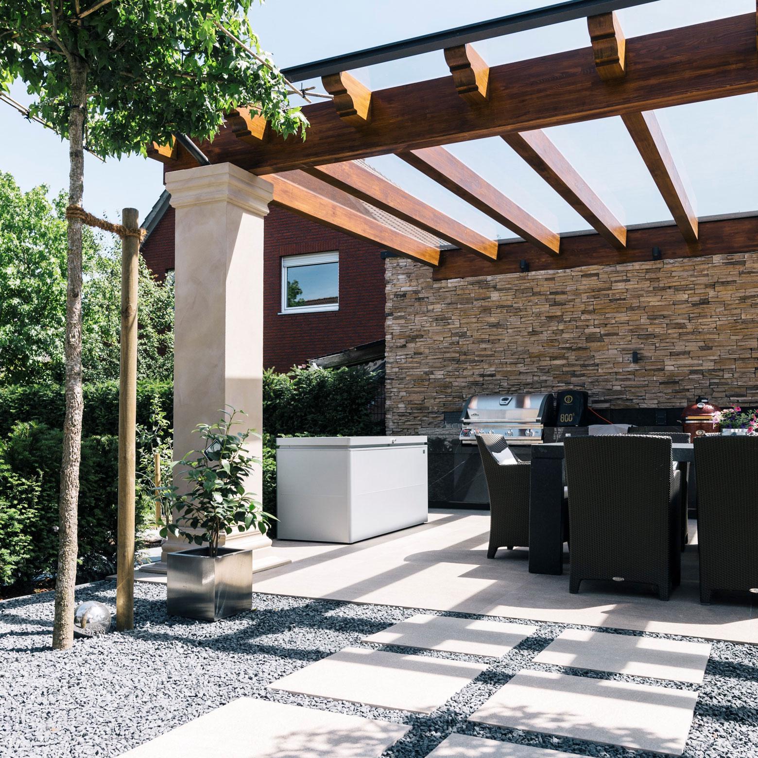 SAKRET große Platten beste Chance Terrasse überdacht