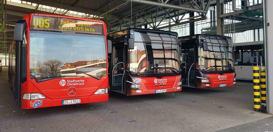 Stadtwerke Busse im Terminal des Busbetriebshofs