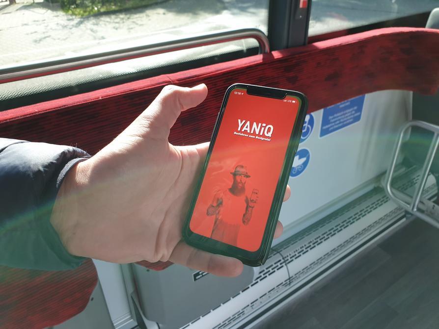 Am 26. Oktober geht die neue Smartphone-App YANiQ online, mit dem Fahrgäste in Osnabrück stets zum Bestpreis unterwegs sind