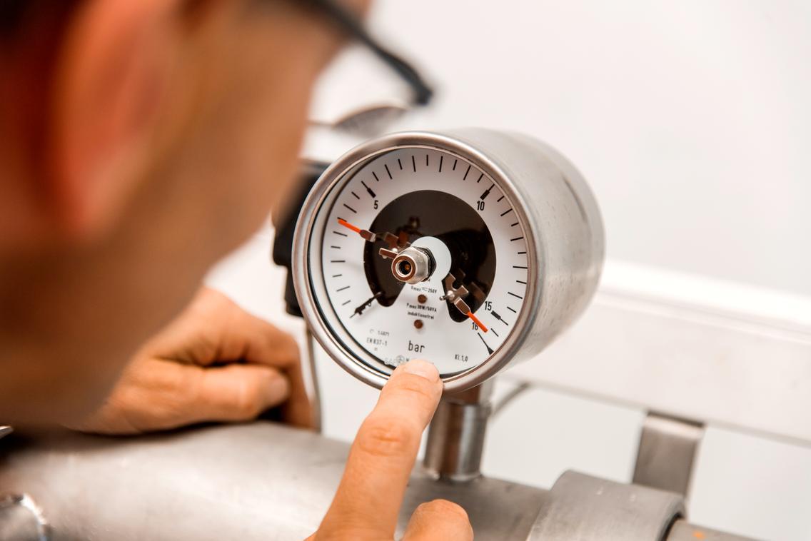 Anzeige des Wasserdrucks in den Wasserleitungen