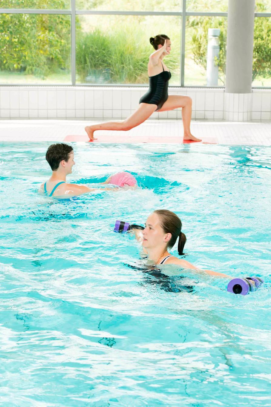 Am Samstag, 27. April, findet der erste AquaFitness-Morning im Schinkelbad statt.
