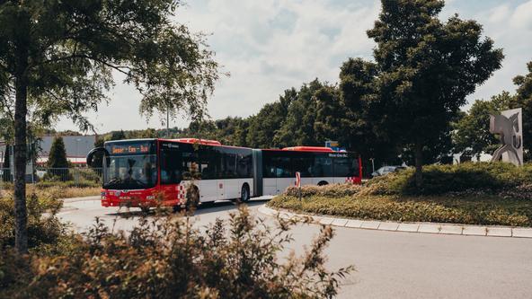 Bus der VOS in der Endwende