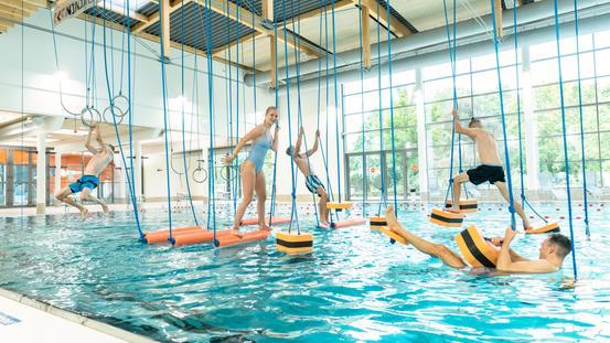 Kletterspaß im Ninjacross-Parcours der Erlebniswelt des Nettebades
