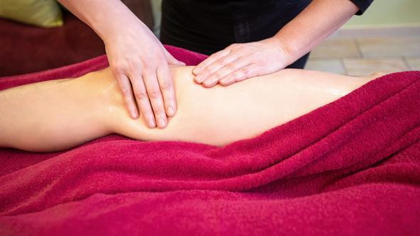 Entspannungsmassage Beine & Rücken im Spa & Beuty