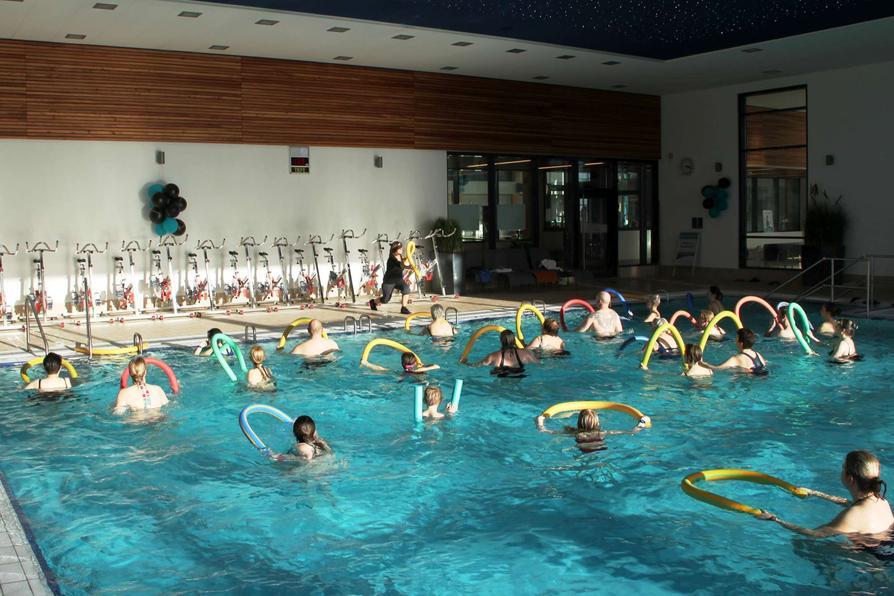 Besucher der Gesundheitstage können am Samstag an Schnupperangeboten aus dem AquaFitness-Programm teilnehmen.