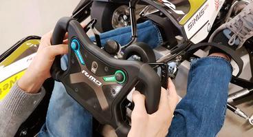 Neu in der Nettedromflotte ab dem 20. Januar: Ein Handicap E-Kart, in dem der Fahrer Gaspedal und Bremse am Lenkrad mit der Hand bedienen kann.