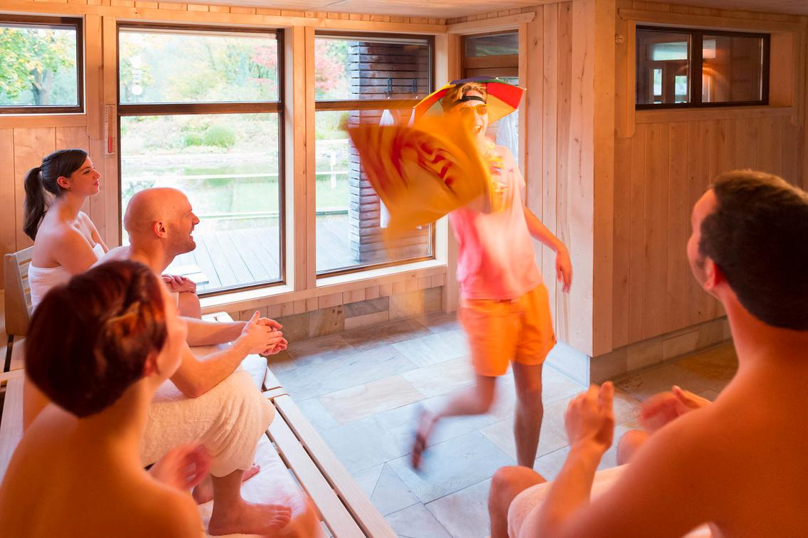 Entertainment bei der langen Saunanacht in der Loma-Sauna