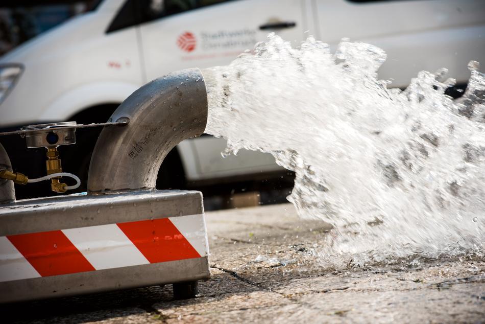 Säuberung der Wasserleitung