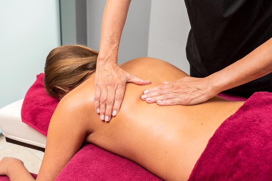 Klassische Massage groß im Spa & Beauty der Loma-Sauna