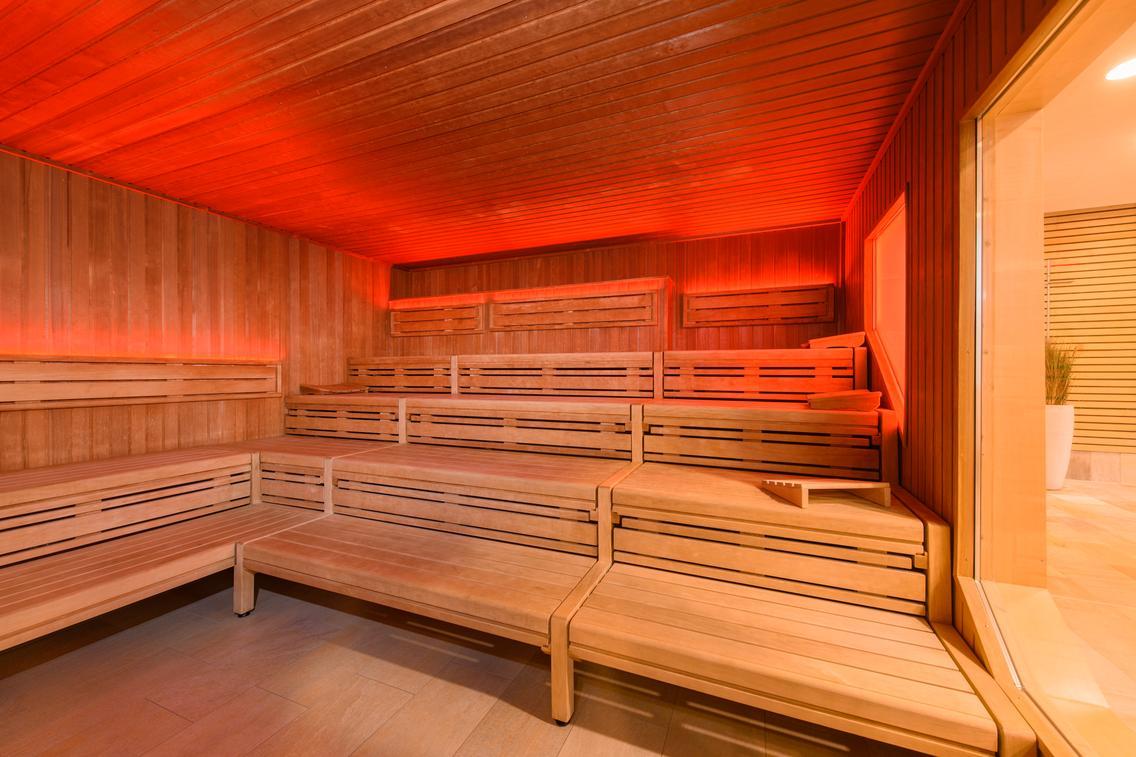 Saunakabine Kuuma in der Loma-Sauna