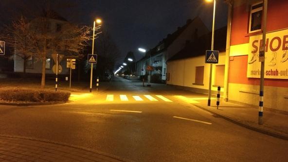 Beleuchtung am Fußgängerüberweg
