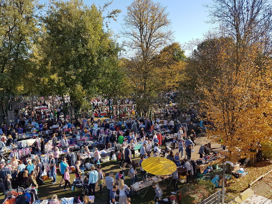 Der beliebte Herbstflohmarkt im Moskaubad