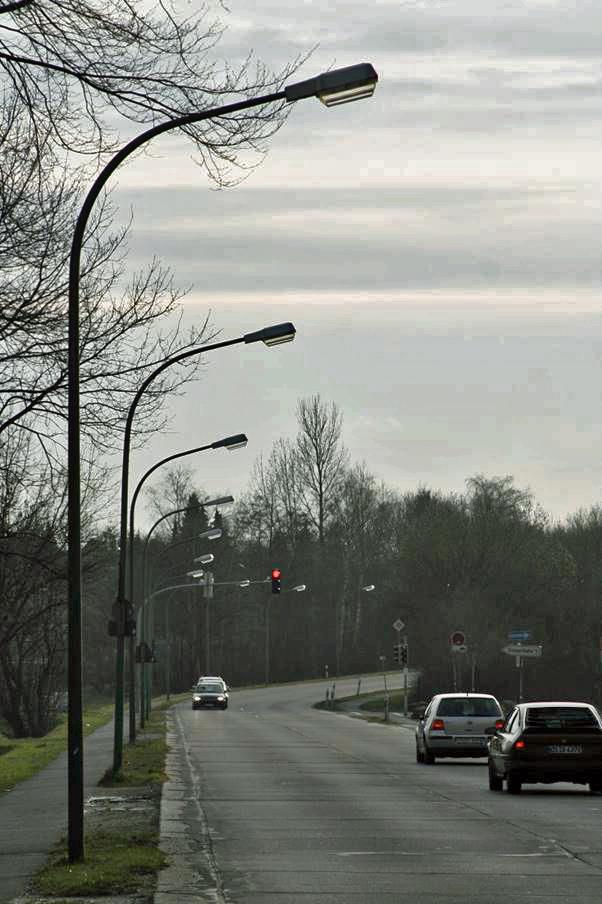 Die SWO Netz lässt die Standfestigkeit von rund 800 Beleuchtungsmasten überprüfen.