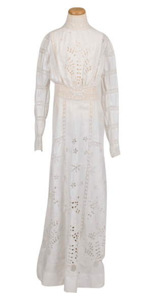 quality design 51e6a 65617 Edwardian summer dress featuring embroidered tennis racquet detail at the  waist, ca. 1910. Women preparing to play tennis in the Italian Riviera, ca.