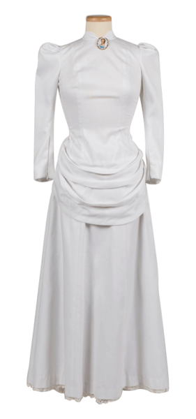 wholesale dealer 0348e a5133 Style of dress worn by Maud Watson in 1884