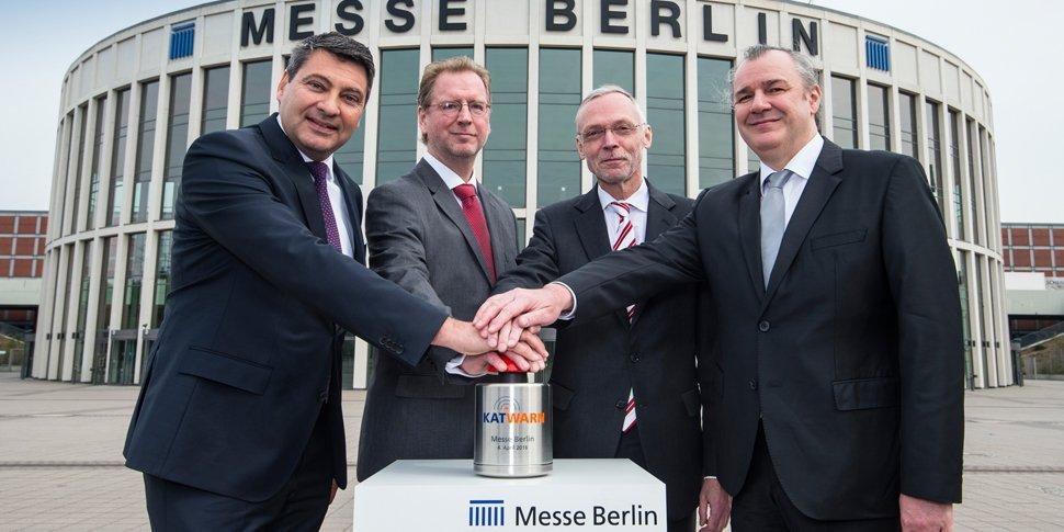 Messe Berlin nimmt als erste Messegesellschaft in Deutschland das Warn- und Informationssystem KATWARN in Betrieb