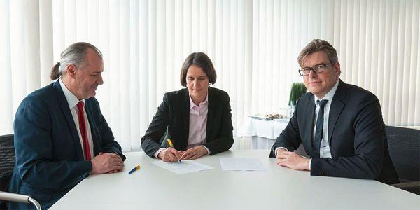 Kooperationsvertrag mit der Europa-Universität Viadrina