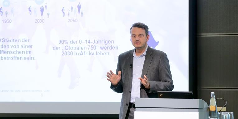 Heinrich Arnold 30 Jahre FOKUS Konferenz