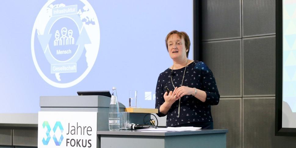 Prof. Dr.-Ing. Ina Schieferdecker Keynote 30 Jahre FOKUS Konferenz