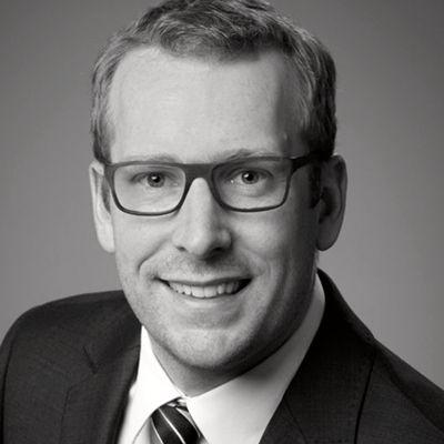 Dr. René Hummen