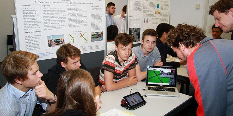 ASCT Hamburger Schüler Workshop Verkehr Simulation Poster Präsentation