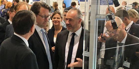 Andreas Scheuer und Manfred Hauswirth, Hannover Messe 2018