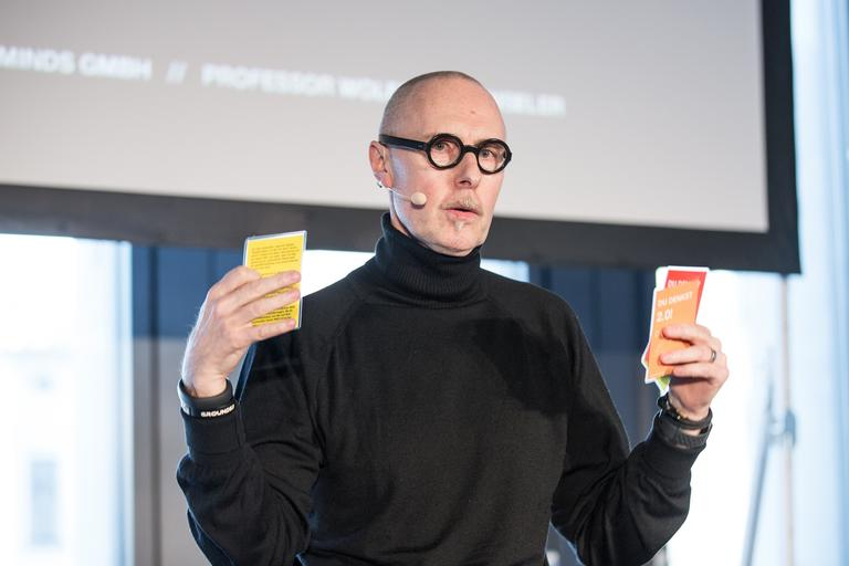 Das Interview: Professor Wolfgang Henseler