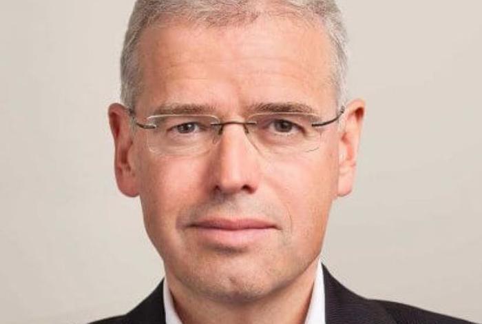 Dr Holger Schmidt