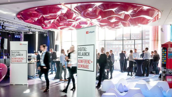 DigitalRelaunch by Dominik Tryba Introduce INT 6396