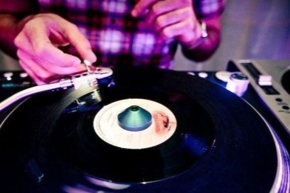 DJ nhow
