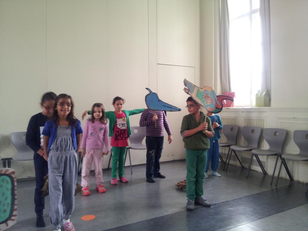 LLLL-Bücherübergabe für die Erika-Mann-Grundschule